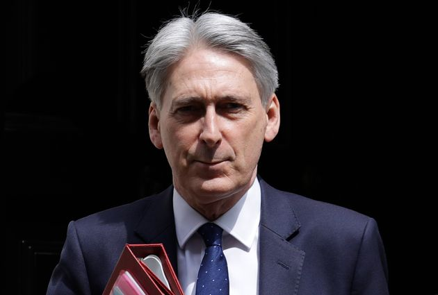 Philip Hammond plans to quit if Johnson becomes UK PM