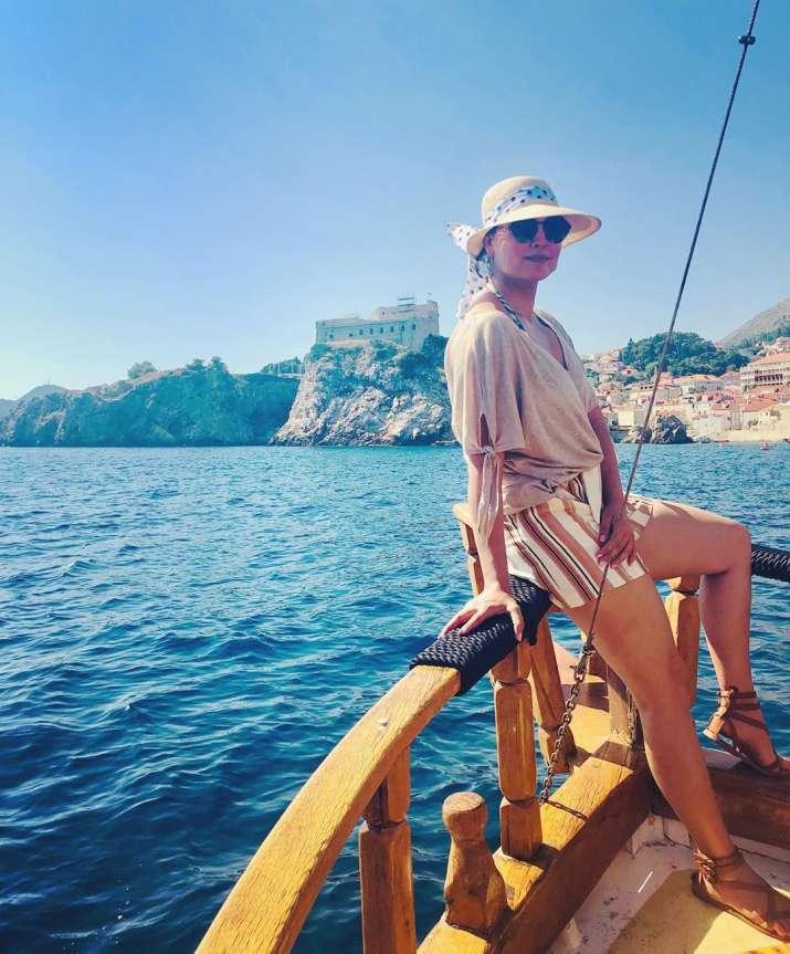 India Tv - Lara Dutta enjoys family time on a vacation