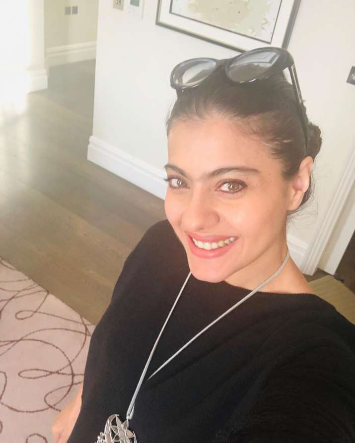 India Tv - Kajol looks as bright as the sun in her latest selfie