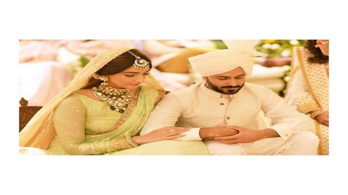 Sonam Kapoor posts love-filled note for husband Anand Ahuja on his birthday