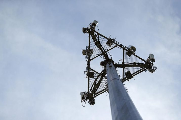 Spectrum prices need significant, not marginal, lowering: