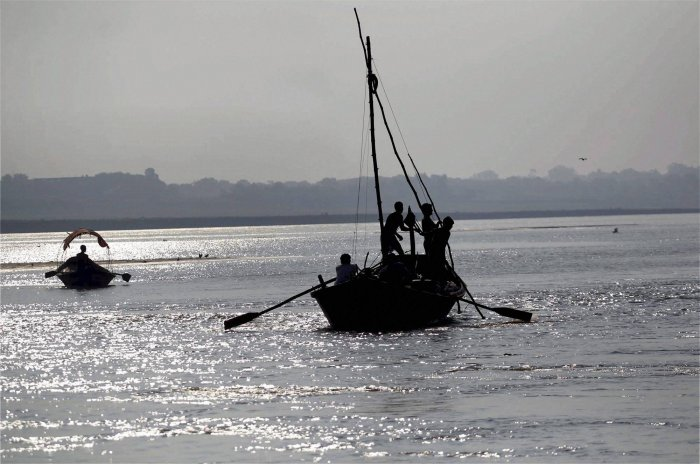 13 on Indian boat rescued from Bangladesh waters