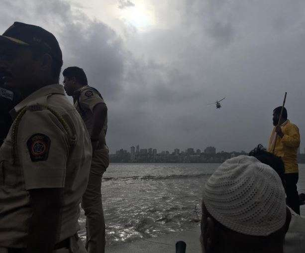 2 people drowned due to high tide at Marine Drive, Mumbai.