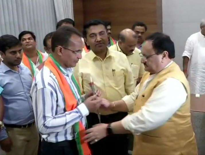 10 Congress MLAs from Goa join BJP