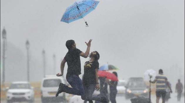 Finally it rains in Delhi-NCR, weather turns pleasant but