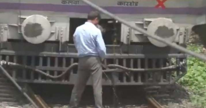 Motorman stops train to urinate on tracks, video goes viral