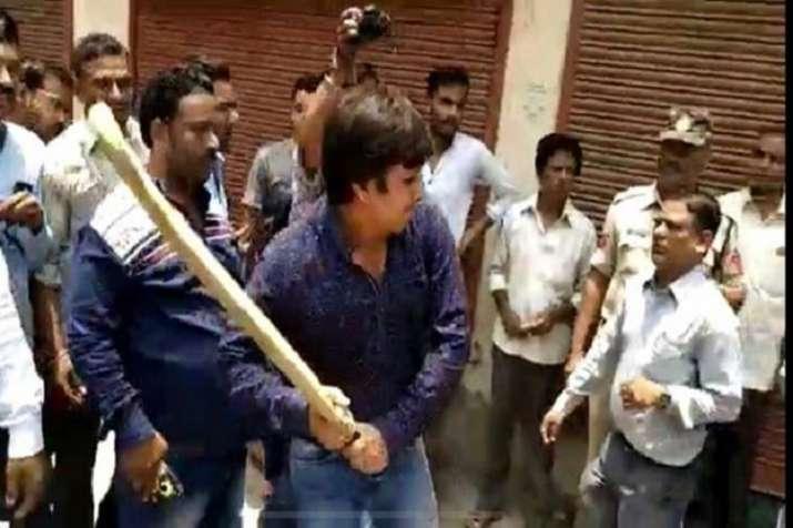 PM Narendra Modi slams Akash Vijayvargiya