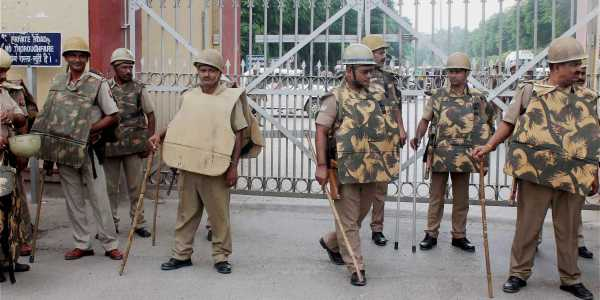Cops who drink won't be put on duty during Varanasi's Sawan Mela