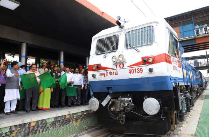 Delhi-Varanasi Kashi Vishwanath Express