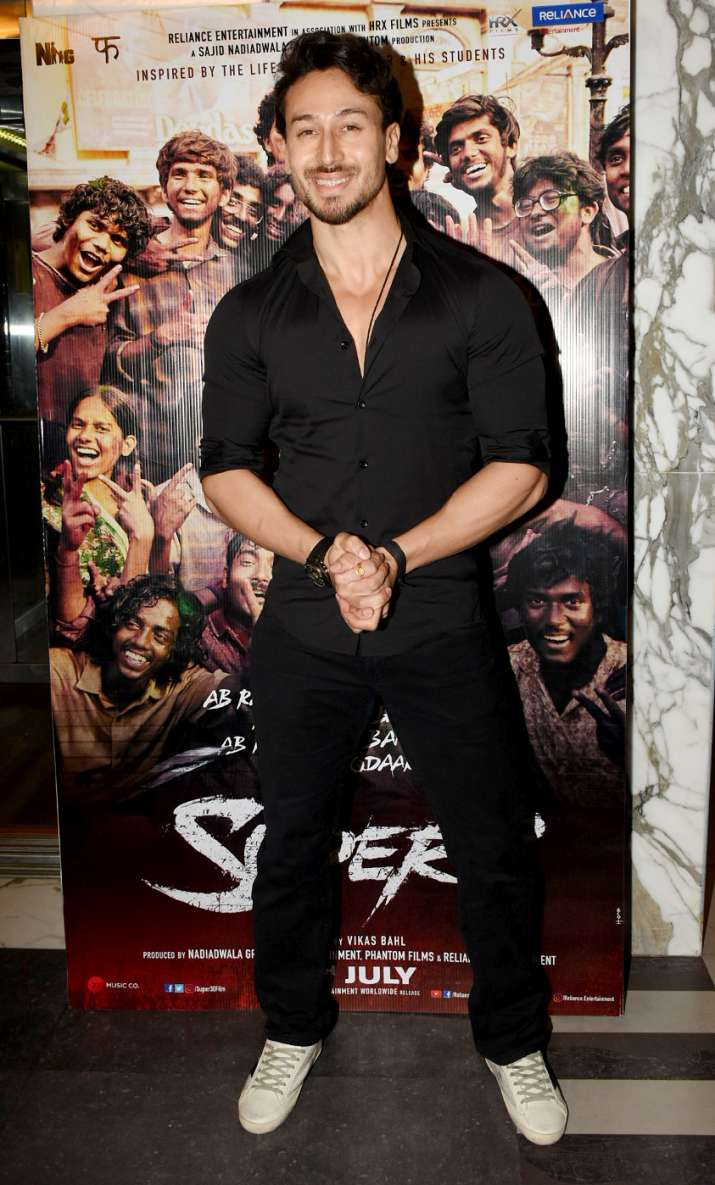 India Tv - Tiger Shroff at Super 30 special screening