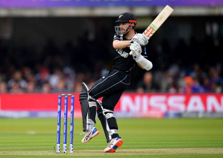 India Tv - New Zealand vs England, Live Cricket Score, 2019 World Cup Final: Nicholls, Kane rebuild after early blow