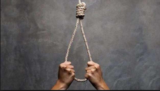 Man hangs self inside police lock-up in Amritsar