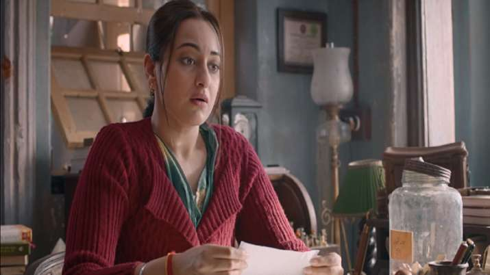 Khandaani Shafakhana Second Trailer: Sonakshi Sinha asks society to talk about the taboo subject