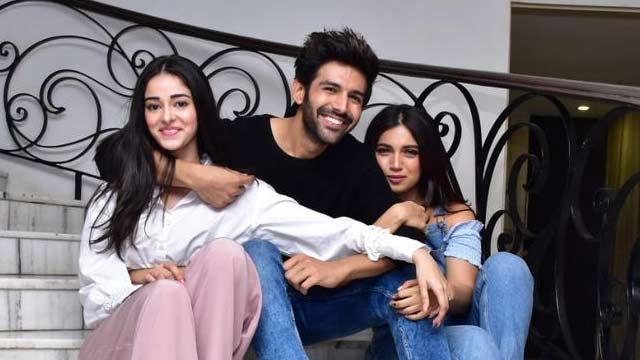 India Tv - Pati Patni Aur Woh cast