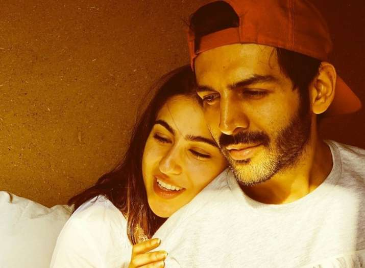 Imtiaz Ali treats fans with lovestruck picture of Sara Ali Khan and Kartik Aaryan