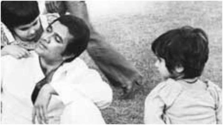Twinkle Khanna shares heartfelt post on father Rajesh