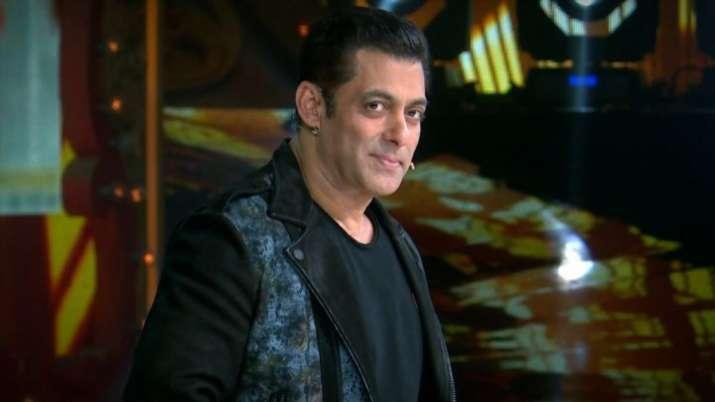 Salman Khan gifts something special to Nach Baliye 9 contestants Mohit and Sanaya