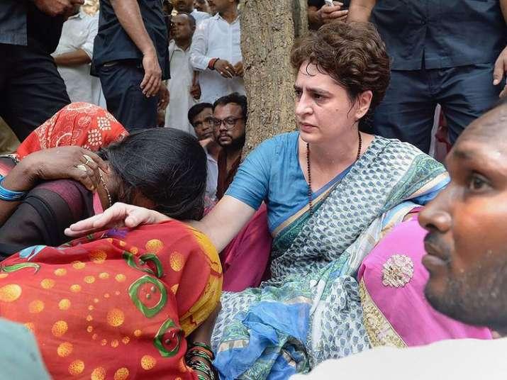 Standoff between Priyanka, UP govt ends