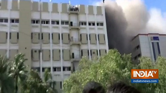 Breaking: Massive fire breaks out at MTNL building in