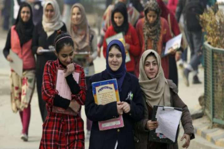 AGES opens Srinagar office for Valley students