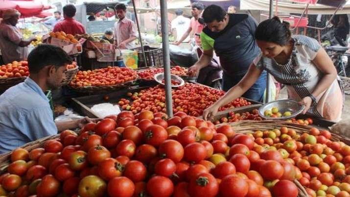 Tomato crosses Rs 60/kg mark in Delhi-NCR; consumers feel