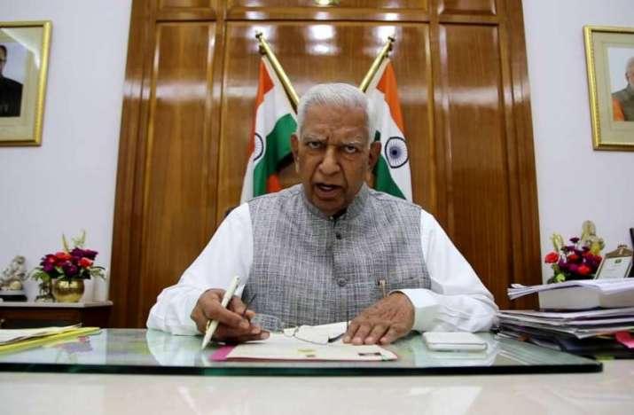 Karnataka Crisis: Governor extends deadline, asks CM to