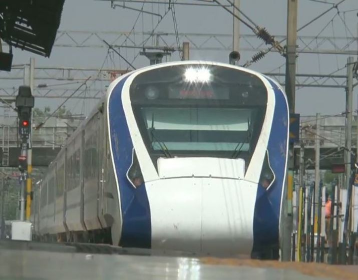 Vande Bharat Express will reduce Delhi-Katra travel time to