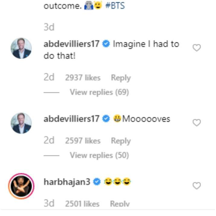 India Tv - AB De Villiers and Harbhajan Singh commented on the video.