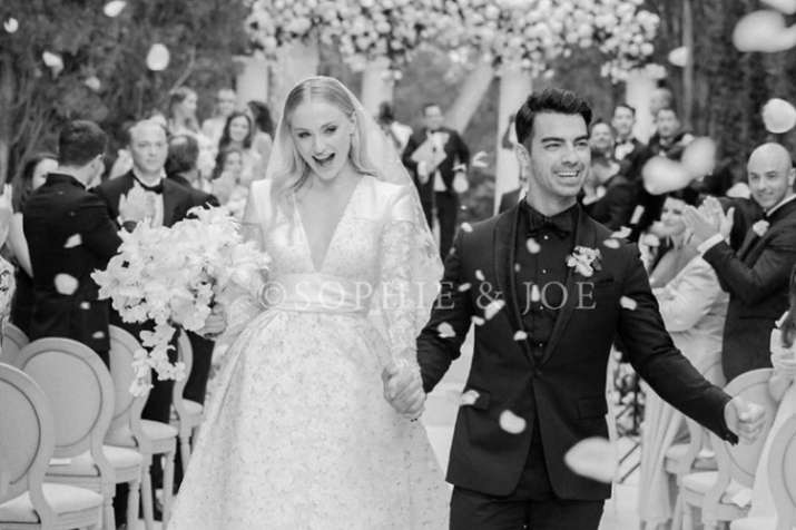 Sophie Turner and Joe Jonas shared first wedding picture with fans