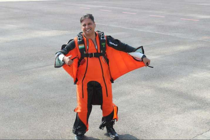 Wing Commander Tarun Chaudhri becomes first IAF pilot to