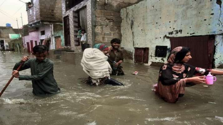 Over 160 killed as heavy rains wreak havoc in Pakistan