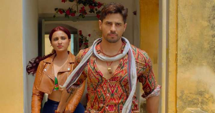 India Tv - Jabariya Jodi Movie Review:  Sidharth Malhotra and Parineeti Chopra starrer is a haphazard mindless humor