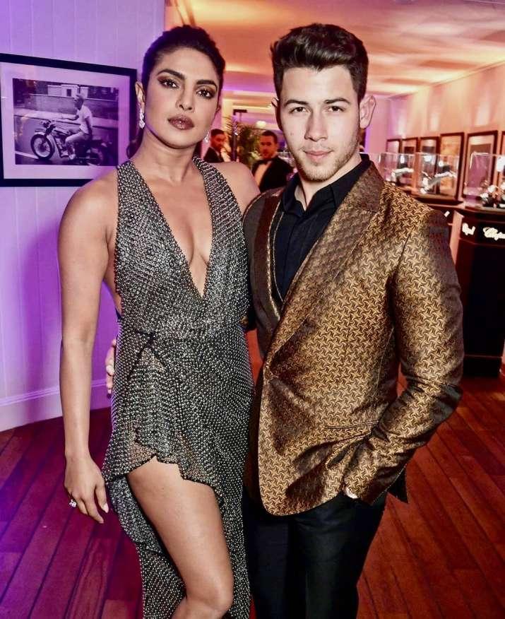 India Tv - Priyanka Chopra had a hilarious response to Nick Jonas's awkward Latest picture