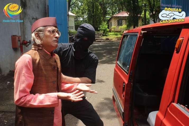 India Tv - Taarak Mehta Ka Ooltah Chashmah Written Update: Jethalal to receive call from Bapuji