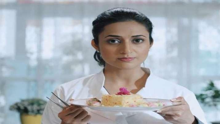 Divyanka Tripathi reveals how she felt after chopping hair for Coldd Lassi Aur Chicken Masala