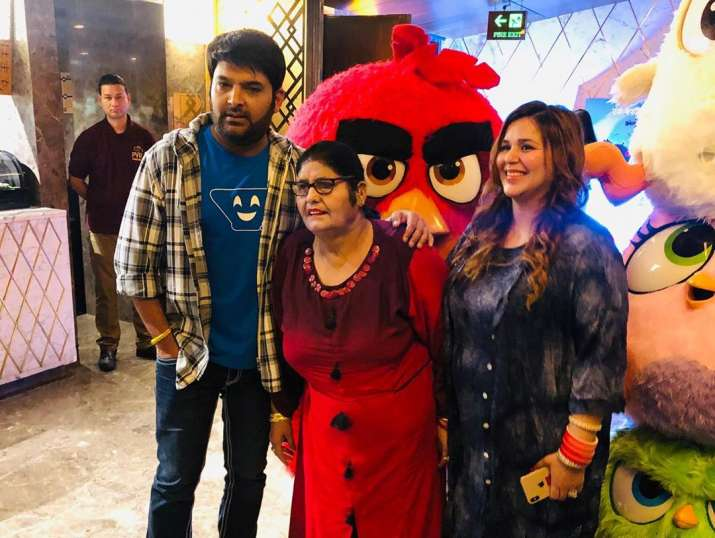 India Tv - Kapil Sharma with wife Ginni and his mother at Angry Birds 2 movie screening