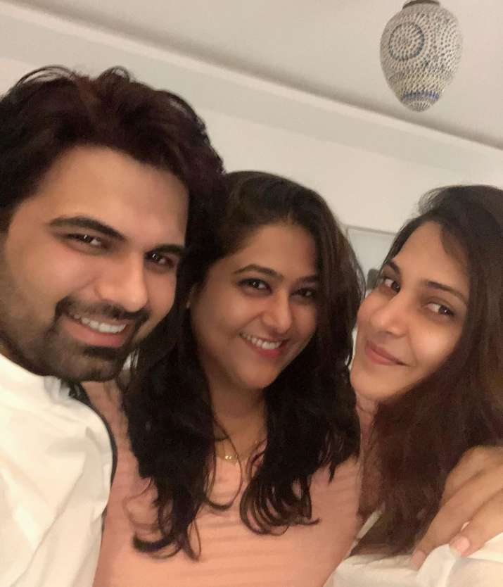 India Tv - Jennifer Winget with the makers of Beyhadh