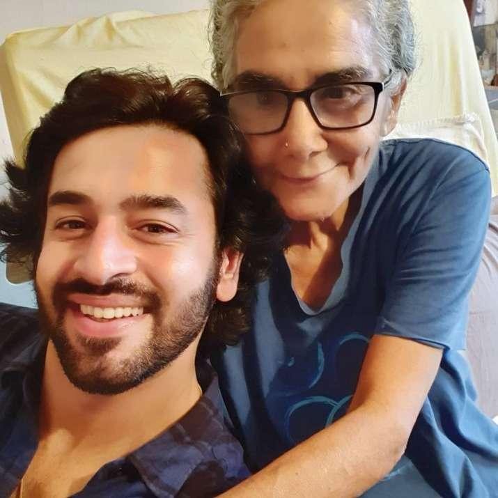 India Tv - Shashank Vyas pays visit to ailing Surekha Sikri