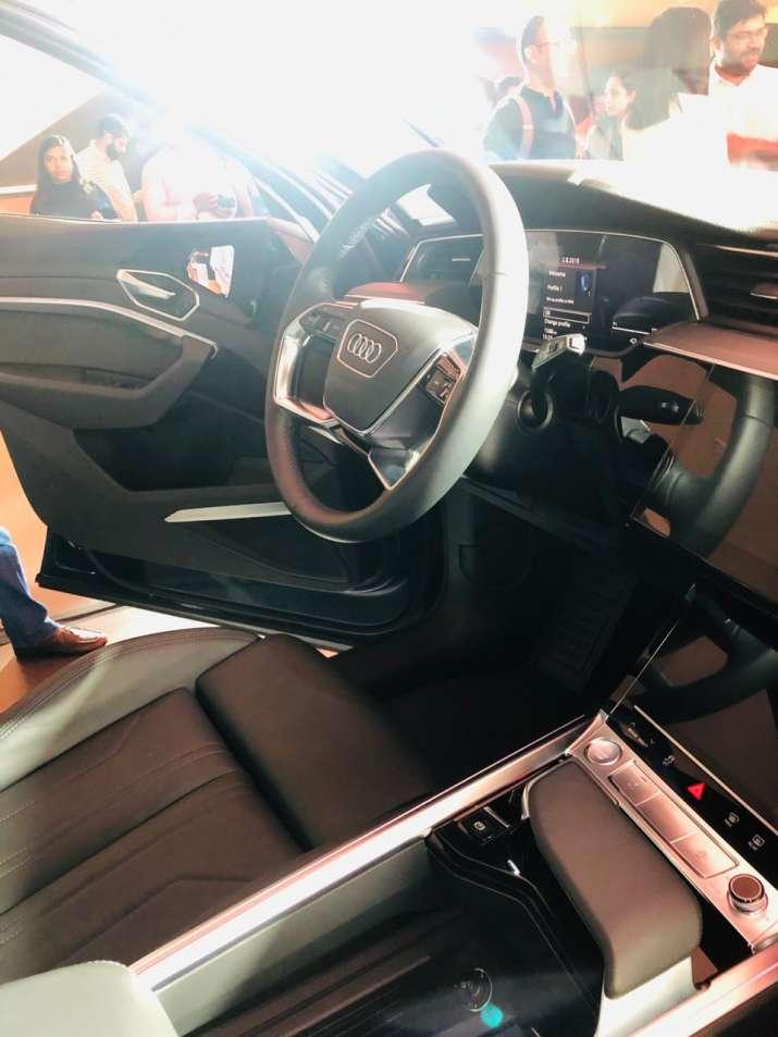 India Tv - Audi e-tron interiors