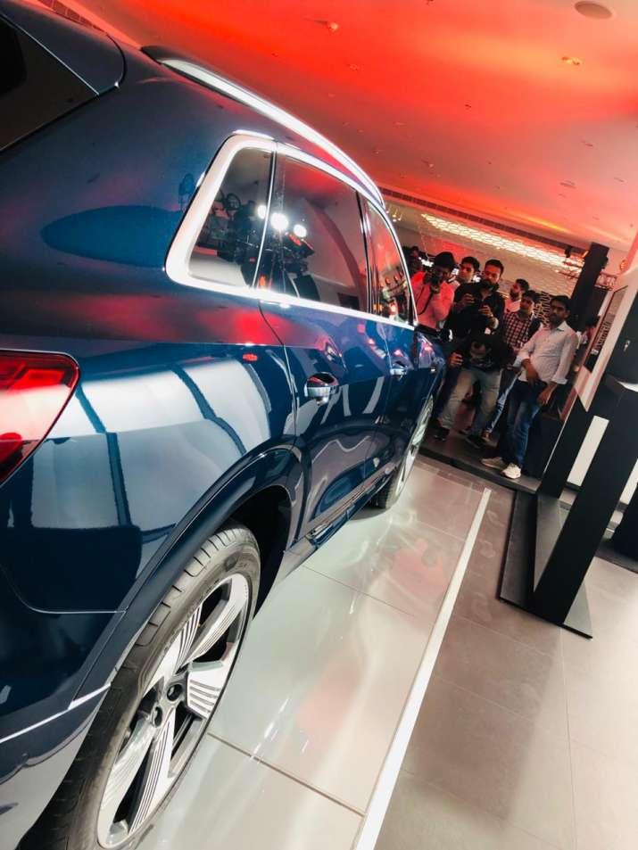 India Tv - Audi e-tron