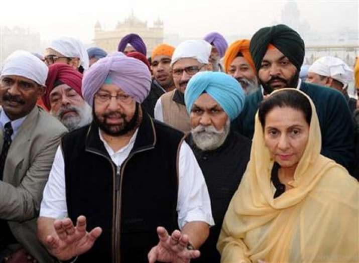 Amarinder Singh's wife Preneet Kaur takes bank call, duped