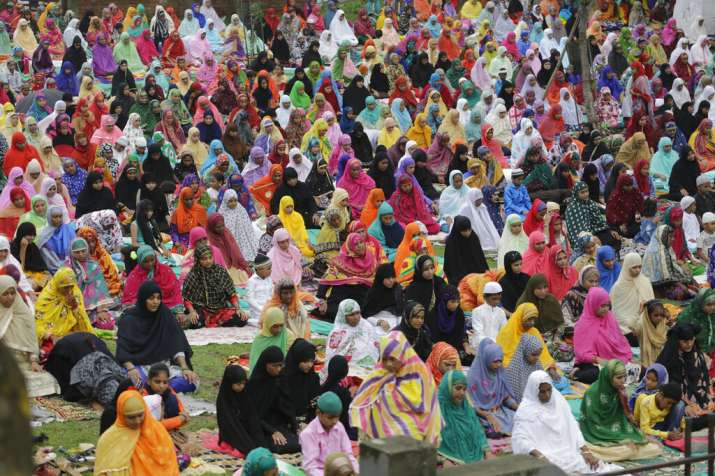 India Tv - Eid al-Adha celebrations in India, fervour peaks across Kashmir