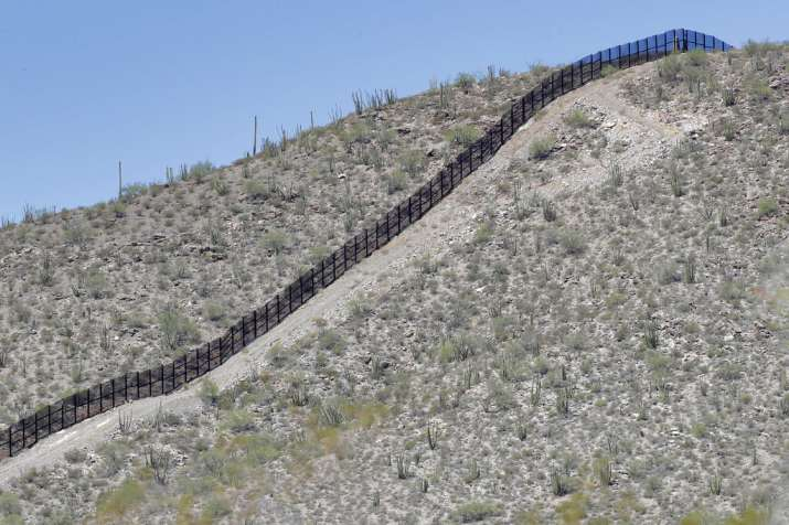 Video: The work on 'Trump wall' between USA and Mexico