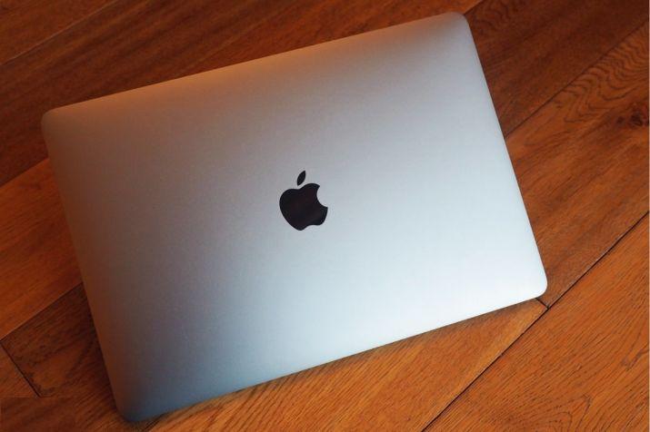 DGCA asks passengers not to carry certain MacBook Pro models in flights