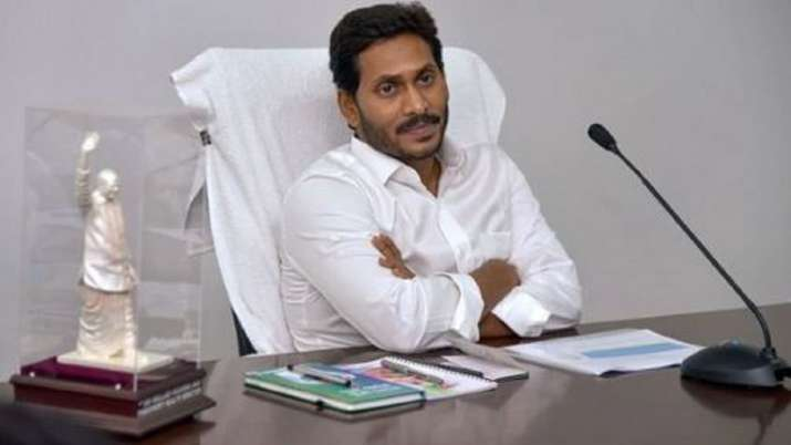 Andhra CM meets Prime Minister, reiterates demand for