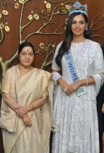 India Tv - Miss World Manushi Chillar shares heartfelt post for Sushma Swaraj