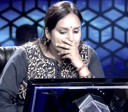 India Tv - Kaun Banega Crorepati 11 Written Update: Amitabh Bachchan hosted quiz show Kaun Banega Crorepati 11 finally saw a contestant reaching the second last question for Rs 1 crore.