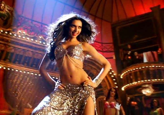 India Tv - Deepika Padukone's belly dance