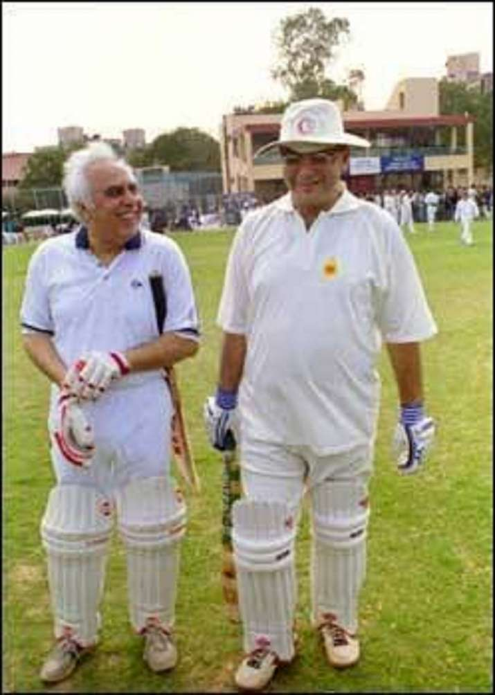 Image result for arun jaitley with kapil sibal