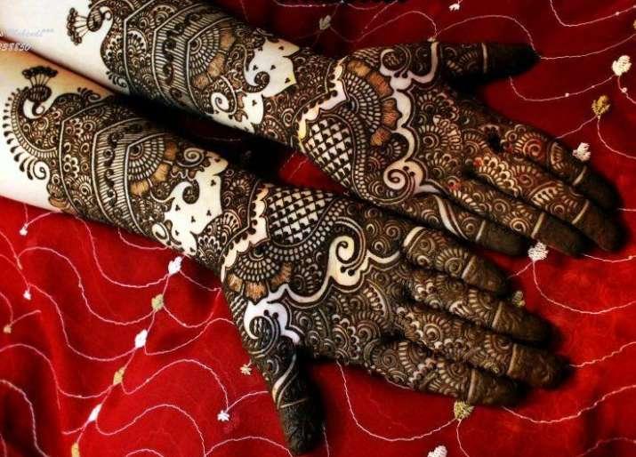 India Tv - Best Mehendi designs for Hariyali Teej 2019